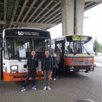 Vertrek met de Nostalbussen te Gentbrugge met Dominiek en Matthias